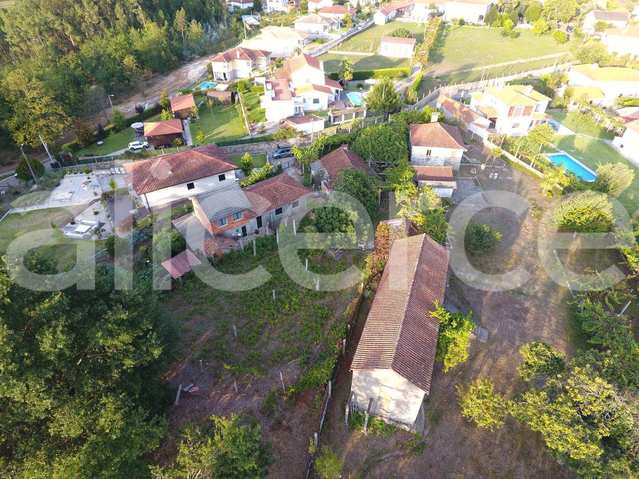 Empresas Em Arcos De Valdevez casa com terreno no couto, arcos de valdevez | alicerce